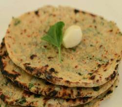 Soya Methi Garlic Naan (Diabetic & Low Calorie) by Tarla Dalal