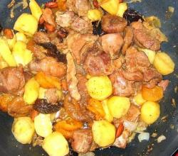 Moroccan Beef and Pear Tajine