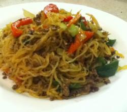 Stir Fry Noodles With Mince Beef
