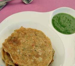 Spicy Oats Pancake (Low Cholesterol) by Tarla Dalal)