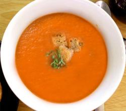 Onion And Tomato Soup