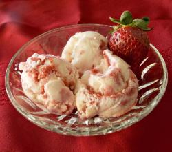 Strawberry Cheesecake Ice Cream from NewAir