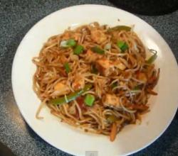 Cottage Cheese Schezwan Noodles