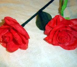 How to make crepe paper roses/flowers