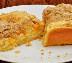 Old Fashioned Peach Cake