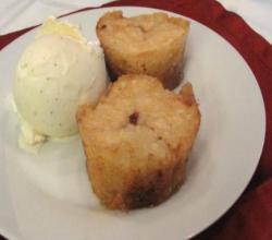 Lynn's Mini Peach Cobblers