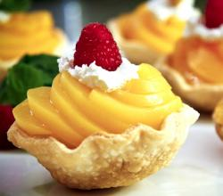 Peaches And Cream Cups With Philadelphia Cream Cheese