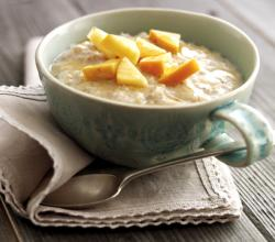 Persimon, Apple and Cinnamon Porridge