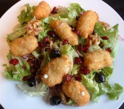 Goat'S Cheese And Walnut Salad