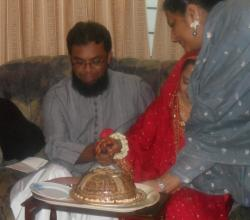 Pakistani Wedding Cake Cutting Ceremony