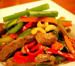 Beef and Cashew Stir Fry