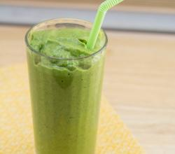 Kiwi Coconut Kale Smoothie