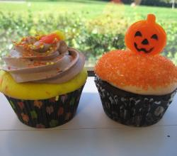 Candy corn cupcake and chocolate pumpkin cupcake