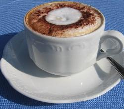 Cappuccino blue table