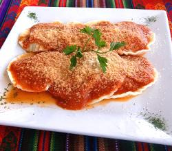 Cheese ravioli with bolognese sauce