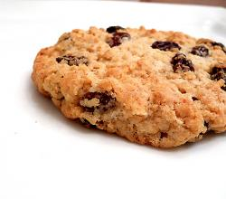 Oat Raisin Cookie