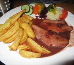 Chicken cranberry sauce, potato wedges