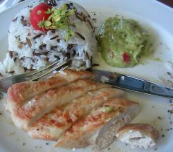 Chicken with rice and guacamole