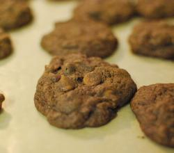 Chocolate Cookies with Milk Chocolate