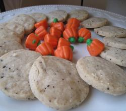 Coffee shortbread cookies with mallowcreme pumpkins