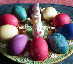 Colored eggs with lamb and Haase marzipan