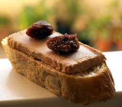 Foie gras on bread with red candied fig