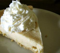 Frozen Lemon Yogurt Pie
