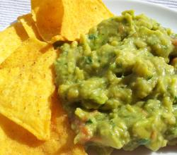 Guacamole with Tortillas
