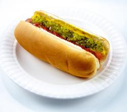 Hot dog with chili mustard