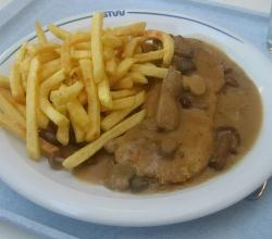 Jaegerschnitzel with Fries