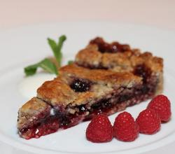 Linzer Torte and raspberries