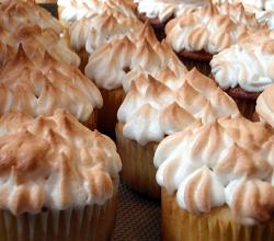 Meyer lemon meringue cupcakes