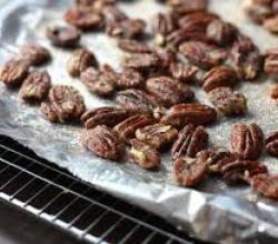 Toasted, Seasoned Pecans