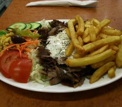 Plate with Gyros Vegetables