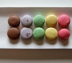 Rainbow of Macarons