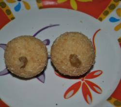 Rava Besan Ladoo