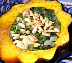 Baked Acorn Squash with Spinach and Pine Nuts