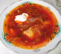 Ukrainian borscht with beetroots and other vegetables