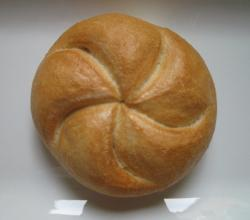 Viennese bread roll