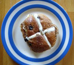Wholemeal Hot Cross Bun