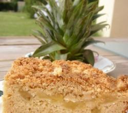 Pineapple Buttercrumb Coffee Cake