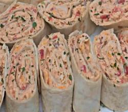 Easy Mexican Chicken Salad Pinwheels