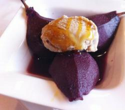 Poached Pears In Wine Sauce