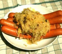 Polish Sausages And Sauerkraut