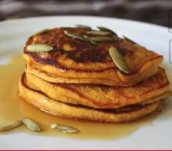 Holiday Pumpkin Pancakes