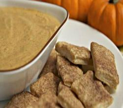 Pumpkin Pie Dip with Cinnamon Sugar Pie Crust Bites