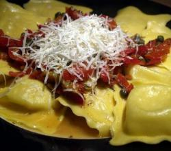 Ravioli With Roasted Red Pepper Alfredo Sauce