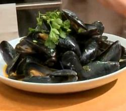 Red Curry Mussels