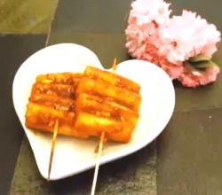 Korean Snack : Skewered Sticky Rice Cakes(떡꼬치)