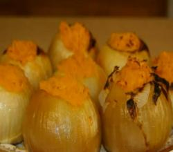 Stuffed Roasted Onions